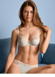 On-Line lingerie 621