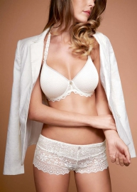 Cassiopée lingerie 380