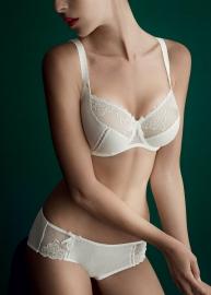 Erin lingerie 380