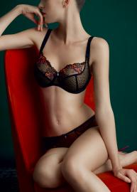Ornella lingerie 380