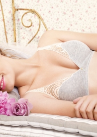 Huit is Biotiful lingerie 705