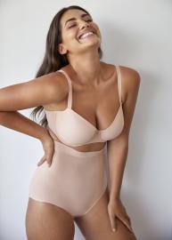 Figuras lingerie 22