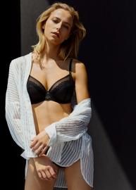 Parisian Allure lingerie 192