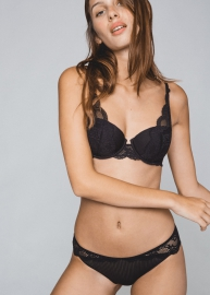 Insaisissable  lingerie 34