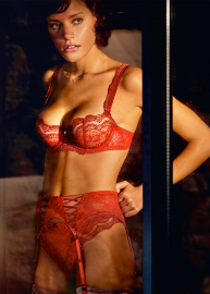 Soleil Nocturne lingerie 28