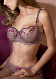 Anna  lingerie 380