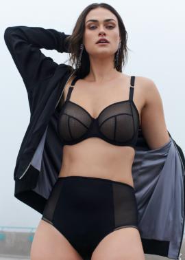 Myla Dalbesio lingerie