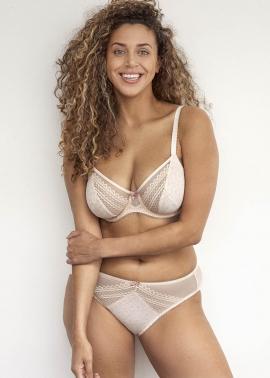 Louane lingerie