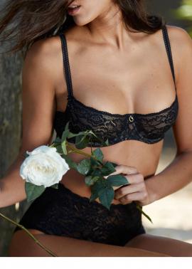 Rosessence lingerie